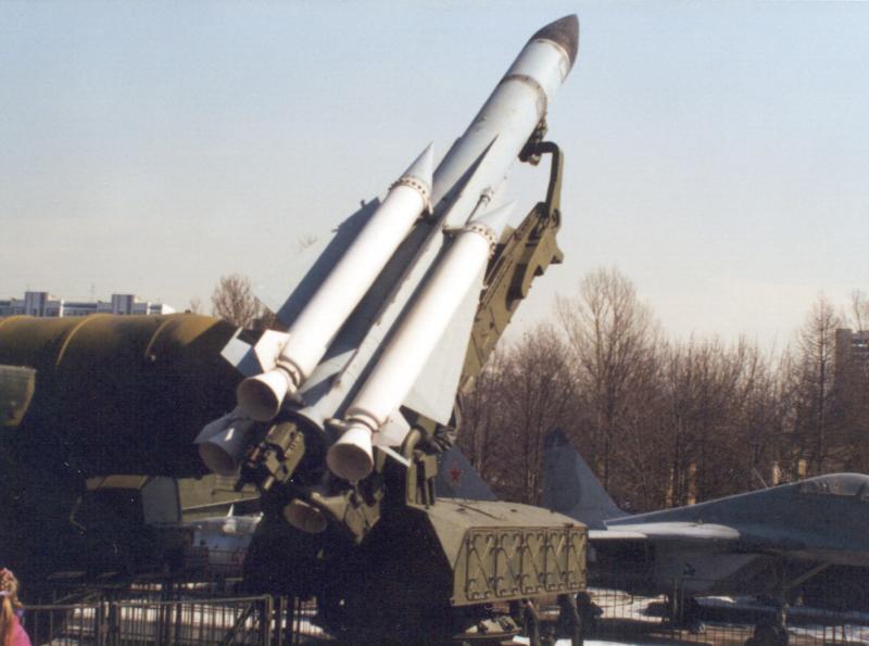 12 апреля (дата для 2009 г.) День войск противовоздушной обороны (День ПВО) - Нора енота