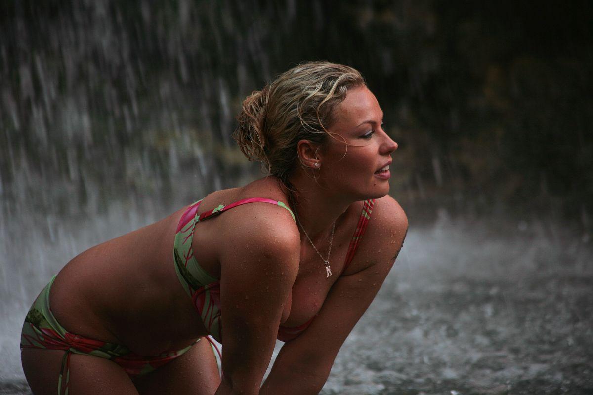 konovalova-ekaterina-eroticheskie-foto
