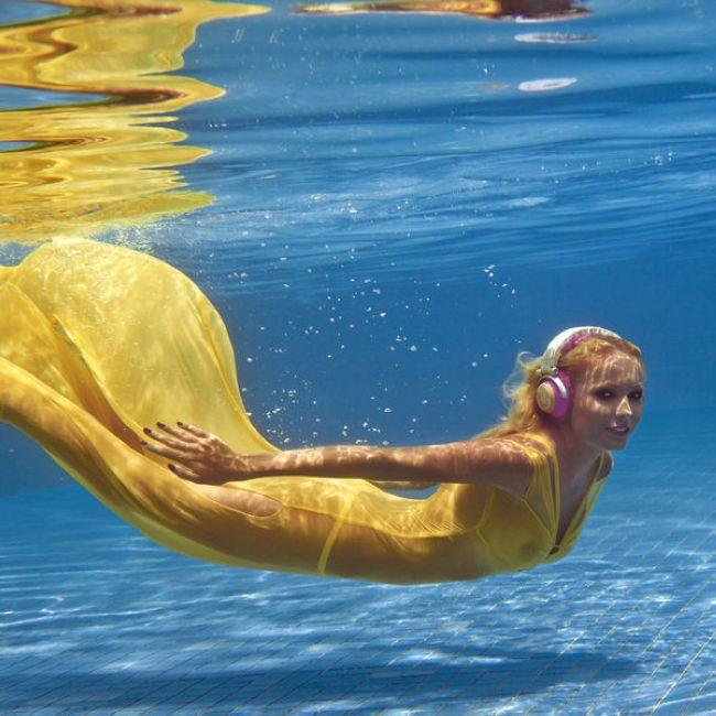 порно в жолтах водах